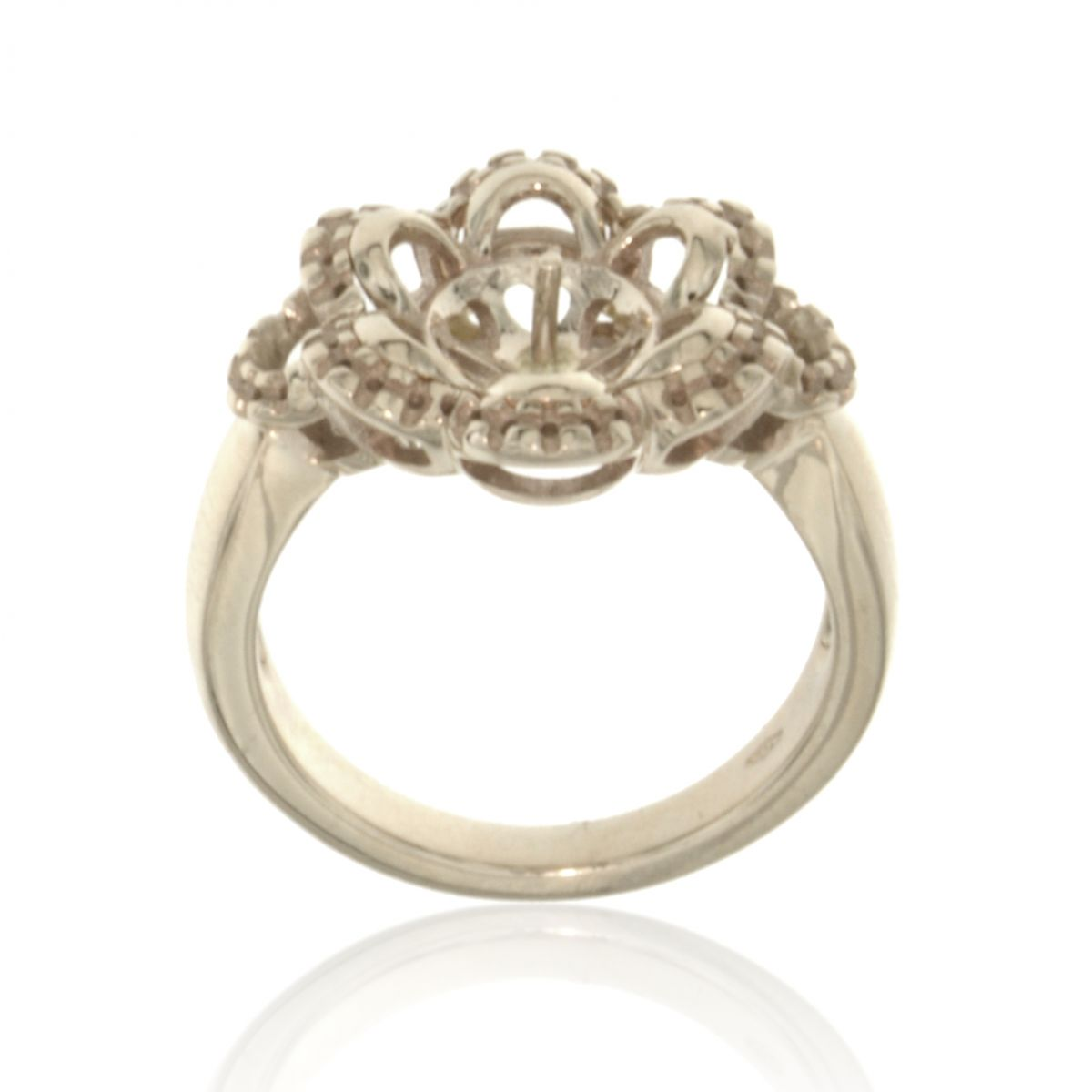 ring with pearl and 6 petals pearls ring mountings. Black Bedroom Furniture Sets. Home Design Ideas